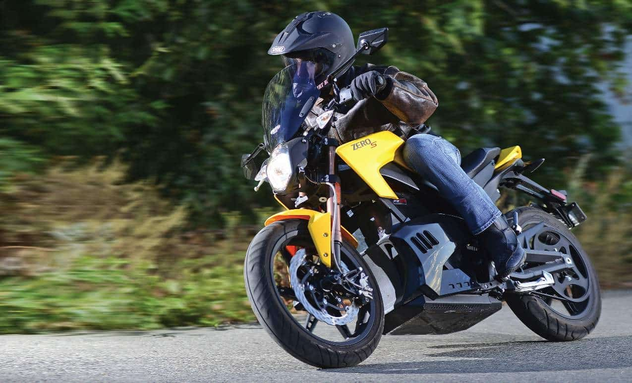 Best Motorcycle Helmet for Commuting